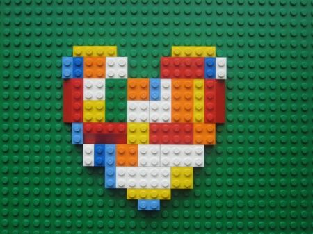lego_heart_web